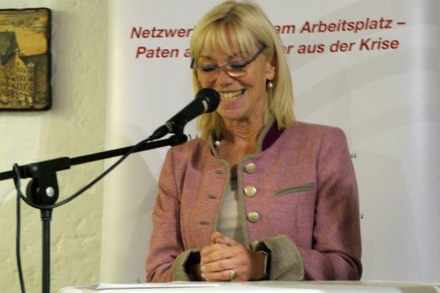 Staatssekretaerin Carolina Trautner